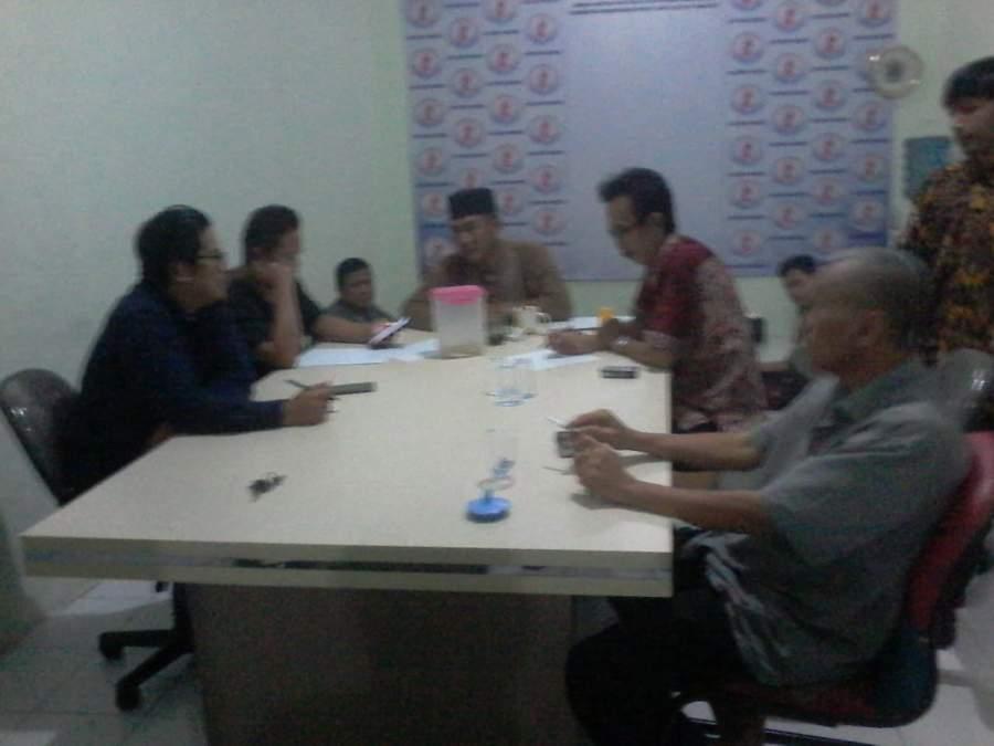 Orang Tua Dari 14 Siswa Yang Tidak Bisa Diterima Di SMAN 24 Tangerang Lakukan Mediasi Hukum