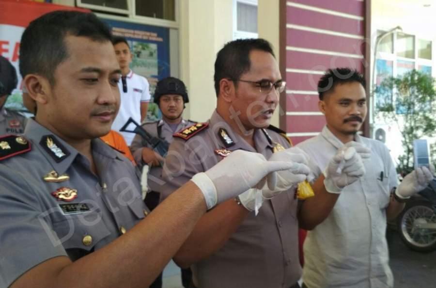 Barang bukti sabu yang berhasil diamankan oleh kepolisian