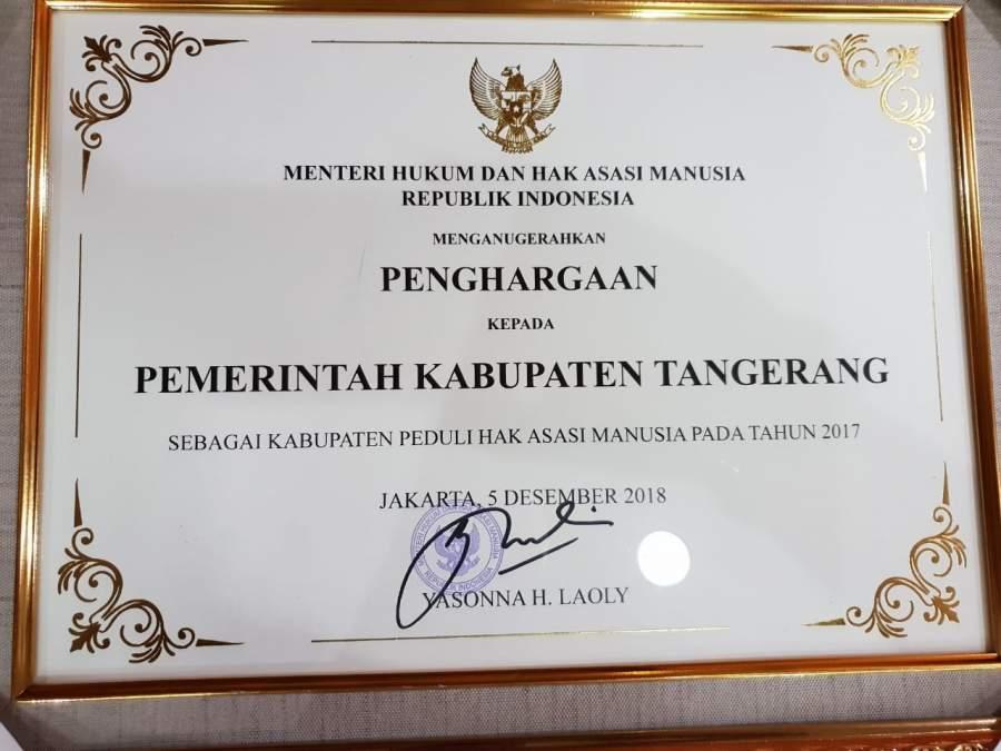 Pemkab Tangerang Raih Penghargaan Peduli HAM dari Kemenhumkam