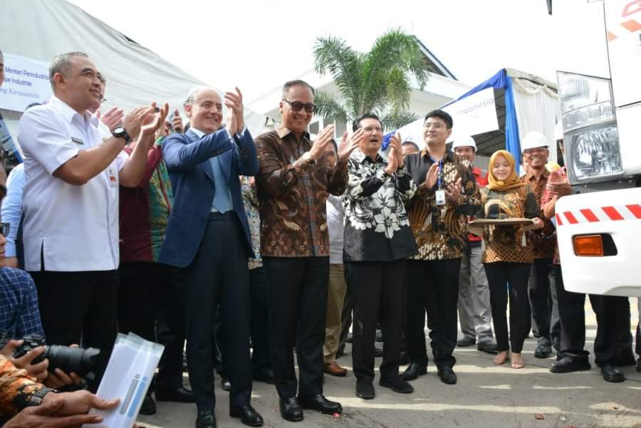 Bupati Tangerang Dampingi Menperindag Lepas Ekspor Pipa Fiberglass