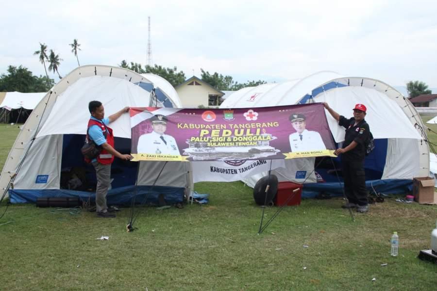 Tim relawan dari Pemkab Tangerang di Palu dan Donggala