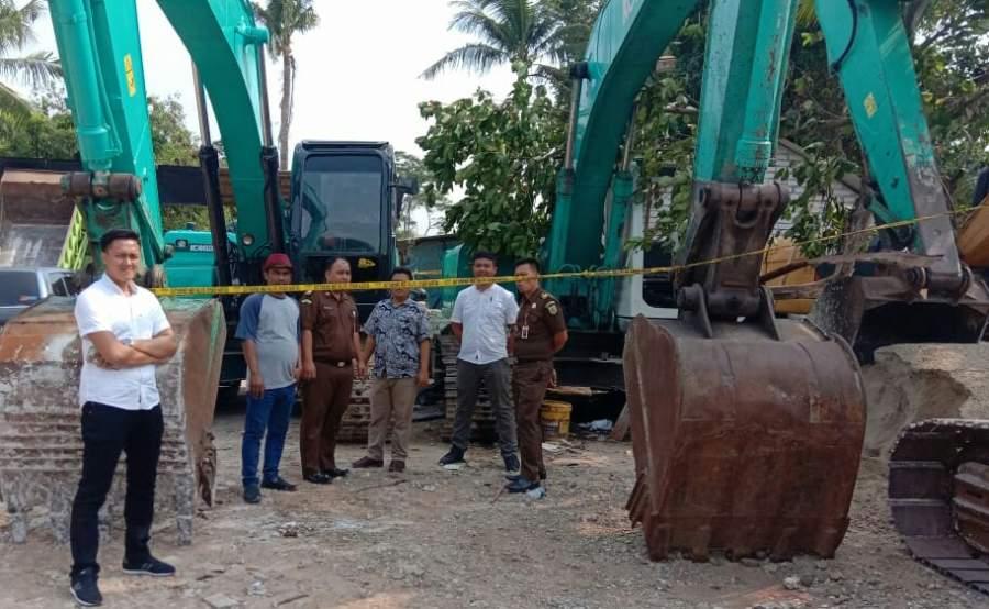 Polisi Limpahkan Berkas Tersangka Dugaan penambangan Tanah Ilegal