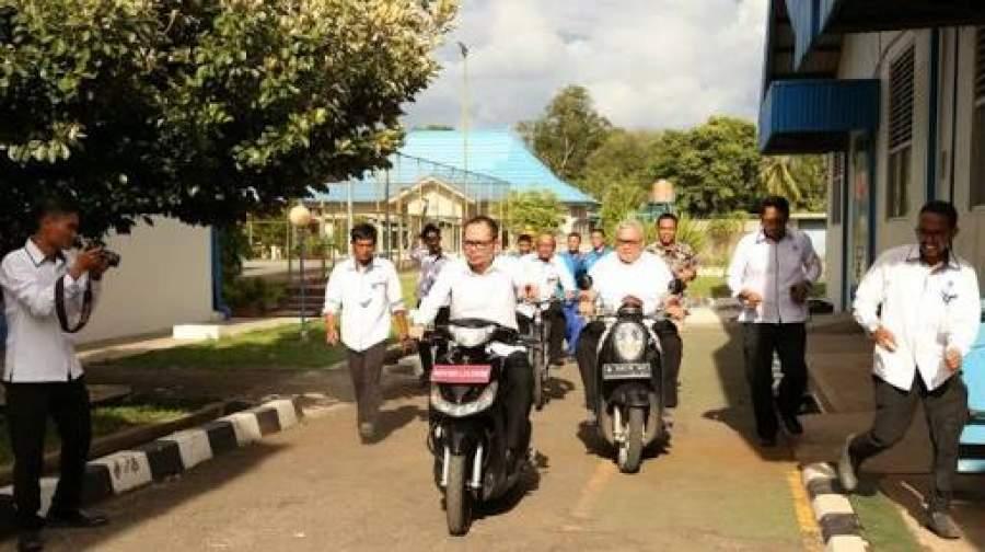 Detak Banten - Menaker Apresiasi Sepeda Motor Listrik