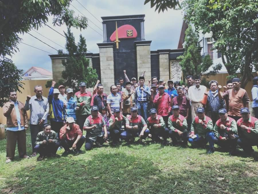 Datangin Rumah ATN, Masyarakat 4 Kecamatan Beri Dukungan Untuk Eki Baihaki