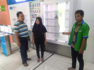 Rampok Gasak Counter HP di Rajeg