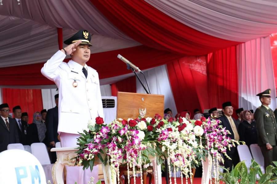 Wabup Tangerang Jadi Inspektur Penuruan bendera Merah Putih