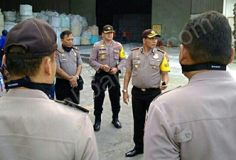 Pasca Kebakaran, Polisi Lakukan Olah TKP PT. APLUS Pacific
