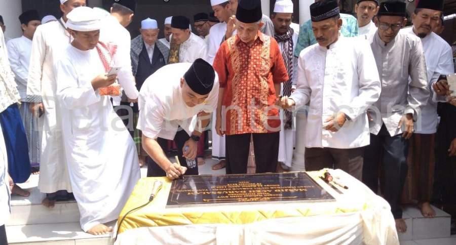 Zaki Resmikan Masjid Aceh Darussalam