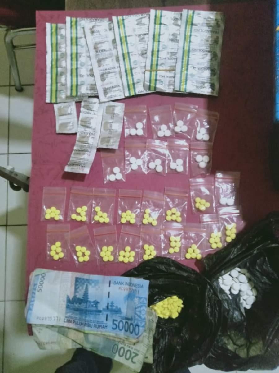 Lagi, Polres Serang Kota Ciduk Seorang Terduga Perjual Obat Daftar G Disebuah Toko Kosmetik