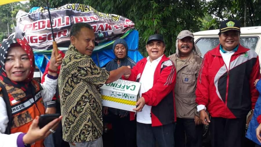 Bentuk Kepedulian, Kemenag Kabupaten Serang Bantu Korban Banjir Bandang di Lebak