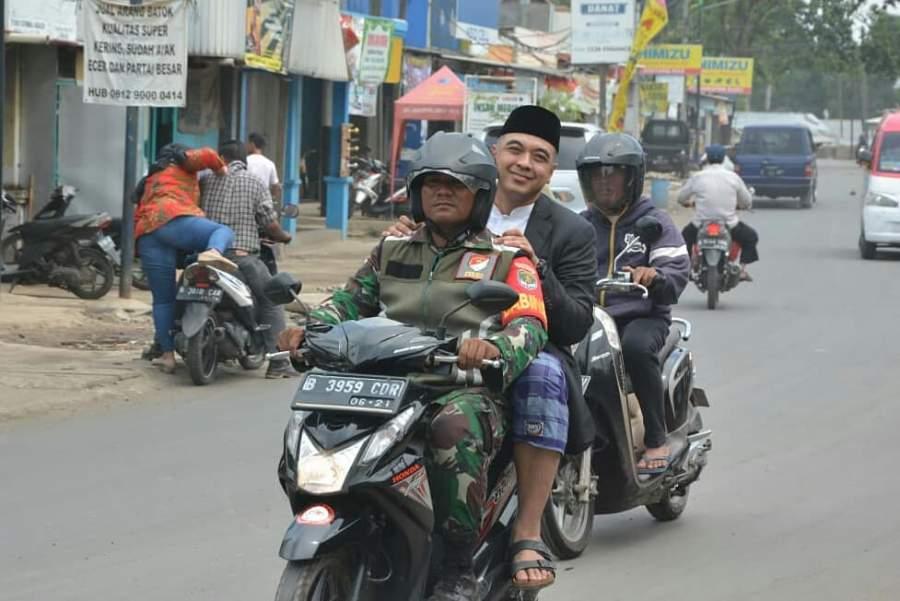 Terjebak Macet, Zaki Naik Motor Hadiri Haul Syekh Abdul Kodir