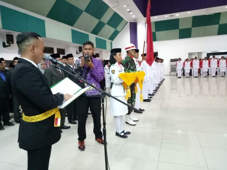 Pj Bupati Tangerang Kukuhkan 50 Paskibraka