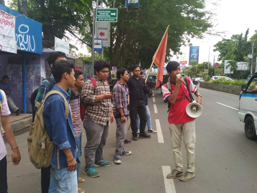 SWOT Banten Adakan Mimbar Bebas Dan Tahlilan Mengenang Kematian Program Walikota Serang