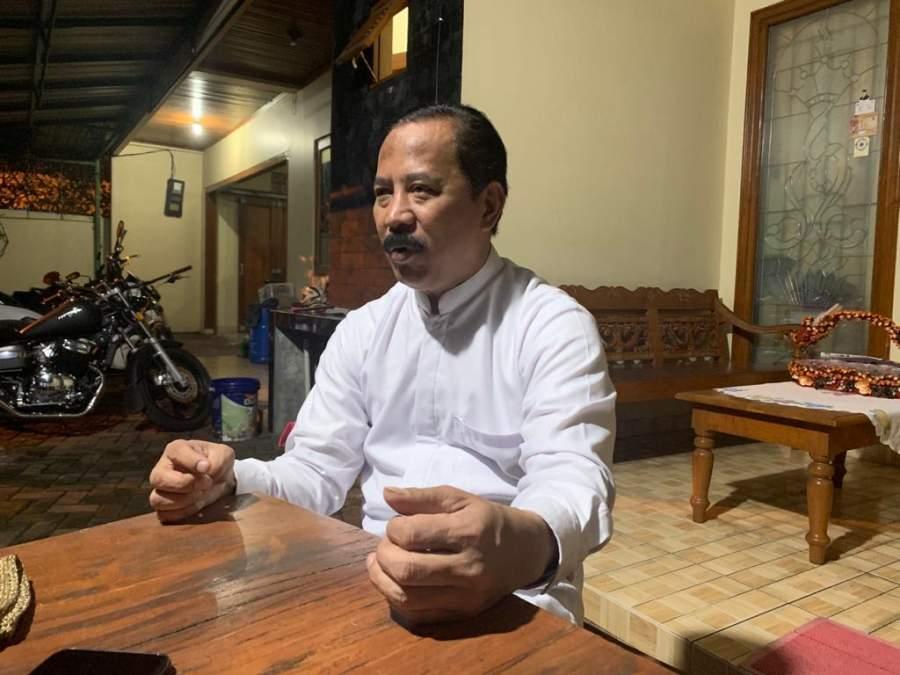 Muhamad, di kediamannya Jalan Pendidikan, Ciputat, Jum'at malam (3/4/2020).