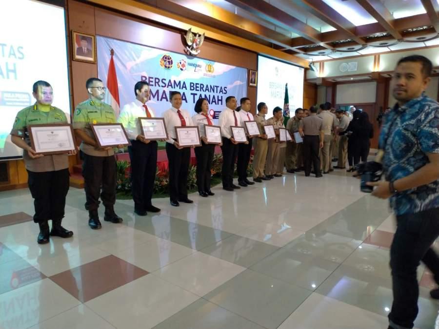 Apresiasi Kinerja Satgas Mafia Tanah, Kementerian Agraria Beri Penghargaan Pada Polda Banten