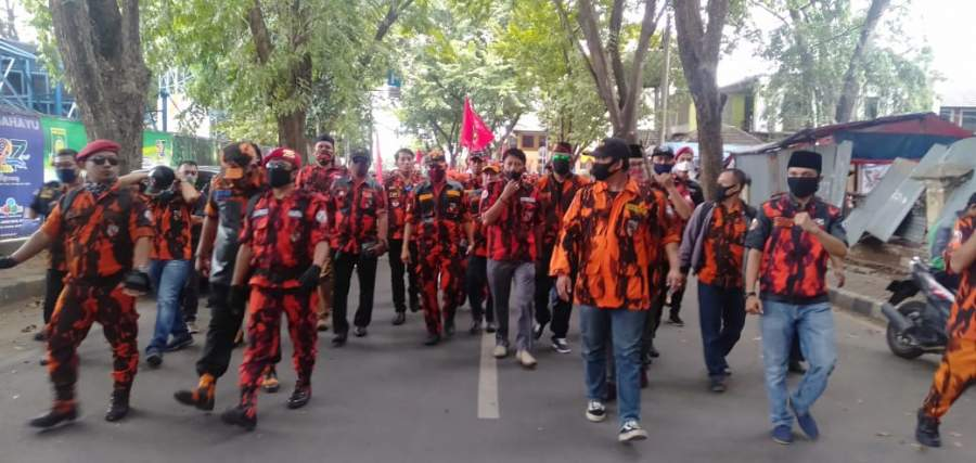 Peringati Harlah Pancasila, MPC Pemuda Pancasila Kota Tangerang Tabur Bunga Di Makam Pahlawan