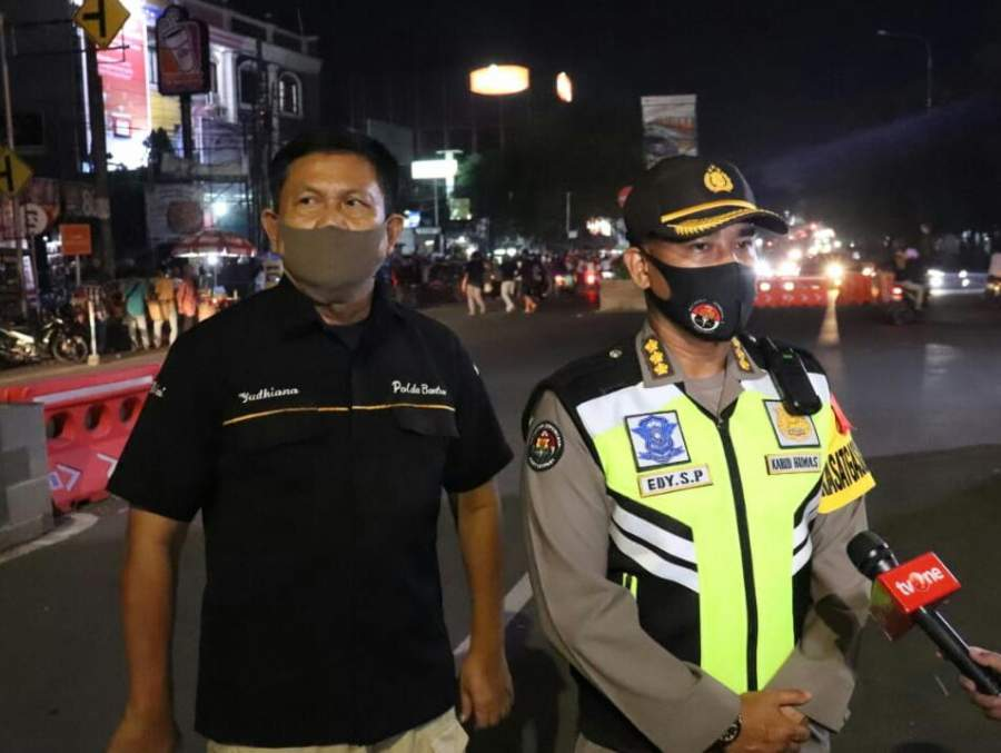 Pantau Suasana Malam Takbir, Kabid Humas Polda Banten Ajak Masyarakat Patuhi Himbauan MUI