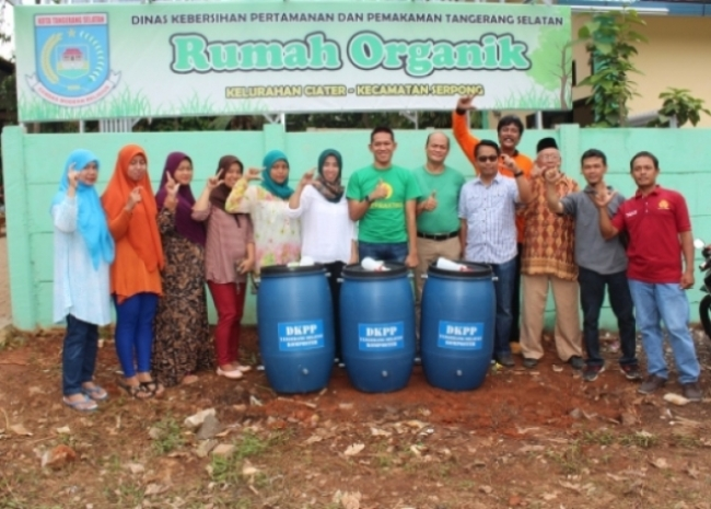 DKPP Resmikan Pilot Project TPST-3R Plus Urban Farming dan Model Komposter
