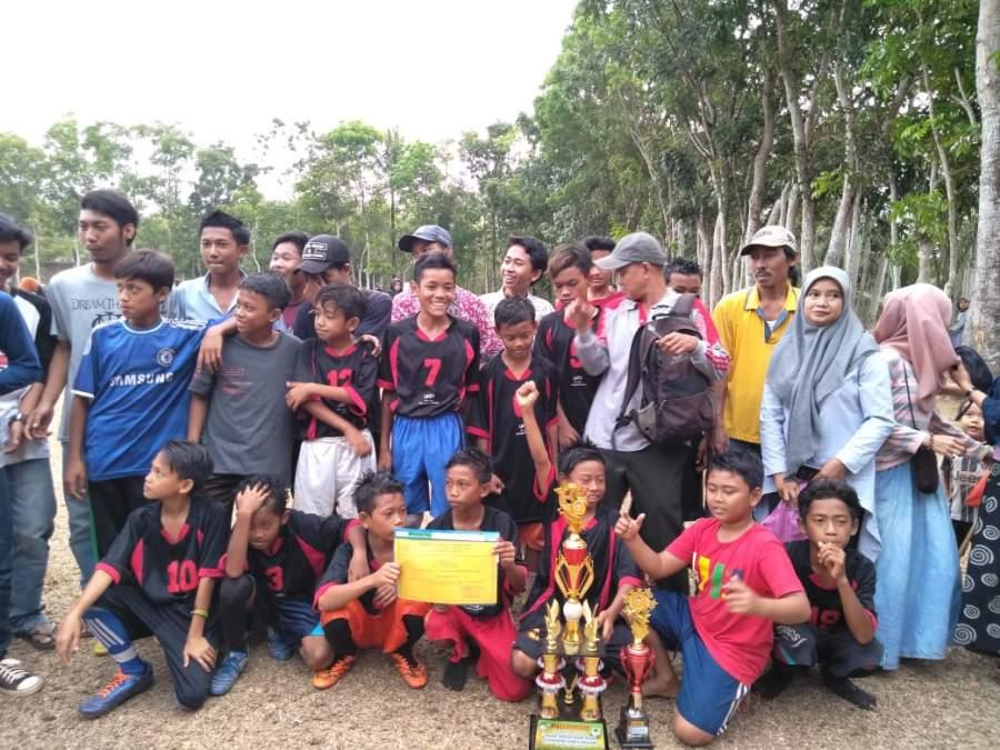 SMPN 4 Cigeulis Gelar Turnamen Sepakbola Antar SD