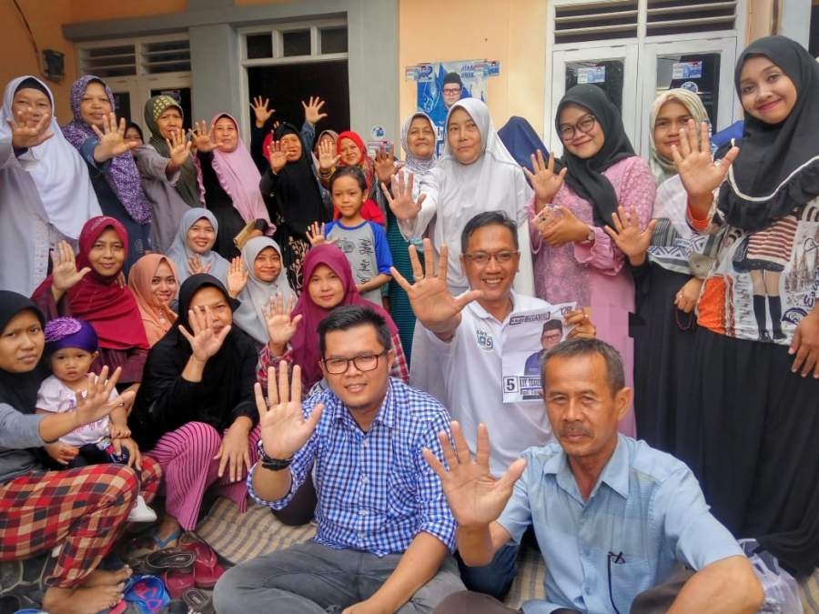 Berbeda Pilihan, Relawan Ady BerAKSI Satukan Keutuhan Masyarakat
