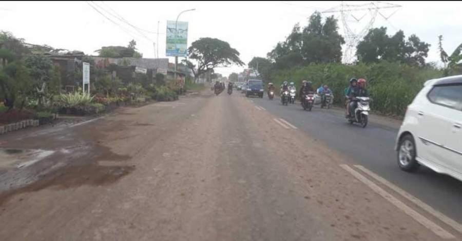 Hati-hati Jalan Berlubang, Dishub Banten Siapkan Dua Jalur Alternatif