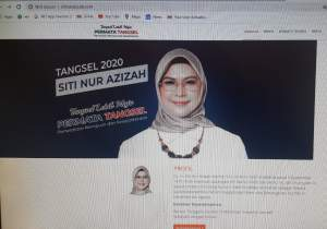 Official Website Siti Nur Azizah di Google.